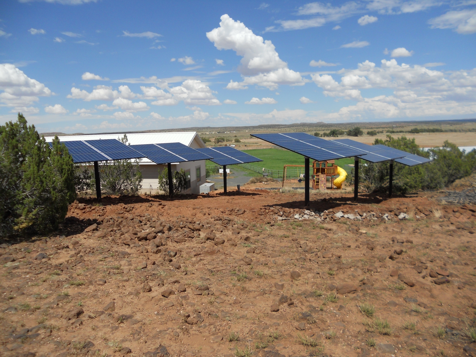 Taylor Arizona - Grid-Tie with Battery Backup - 9.0kW Solar Array - 2013